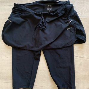 Nike 2 in 1 Capri Skirt